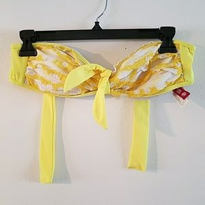 Guess Size M Women's Strapless Bikini Top